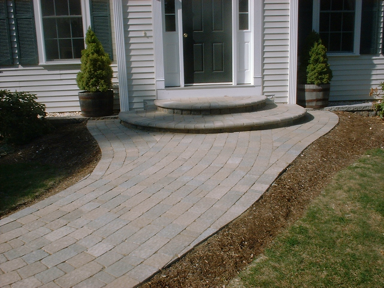 Walkway Retaining Walls And Front Steps Newmarket Nh
