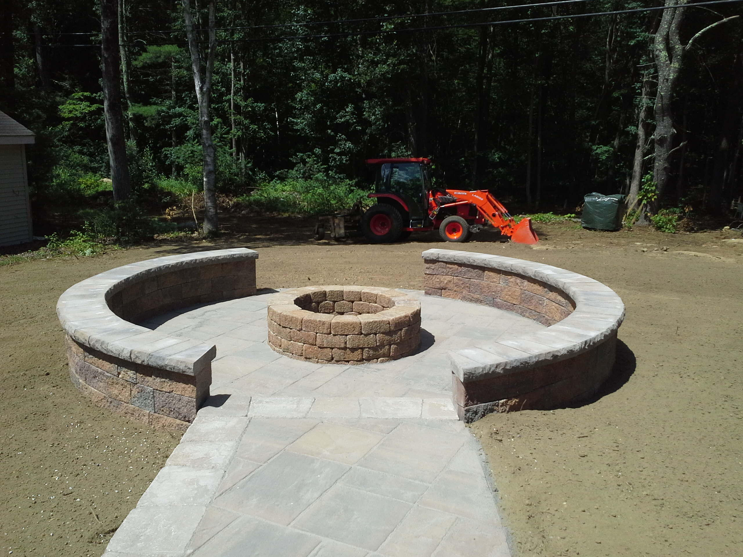 New walkway new circle wall brick fire pit brick entry for Step by step fire pit