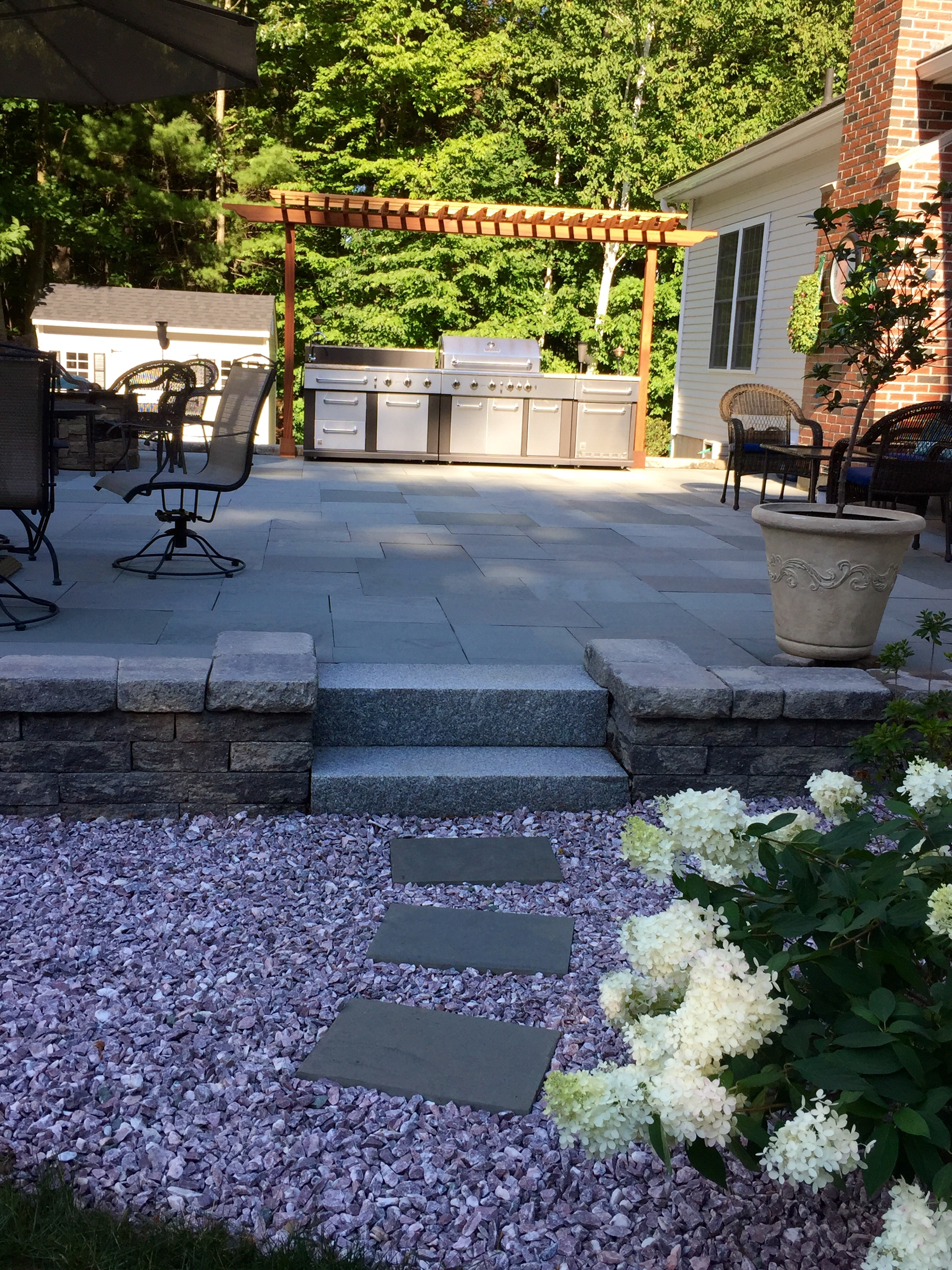 Finished Belgard Patio And Planters Fremont Nh Labrie